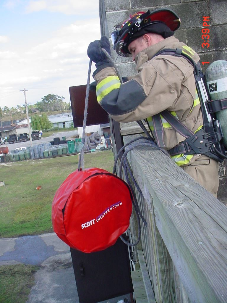 Hose Roll Hoist